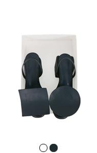 square-circle sling backs
