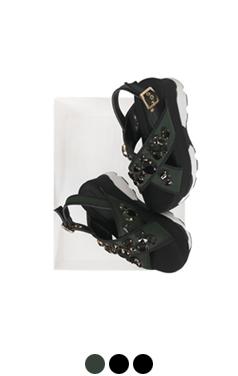 "(more)jeweled platform sandals <br> <font color=#82C7E4 size=""1.9"" face=verdana>COLOR ADD</font>"