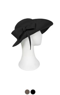 unbalance mademoiselle hat