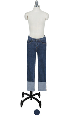 "roll cuff straight jean <br> <font color=#82C7E4 size=""1.9"" face=verdana>SIZE ADD</font>"