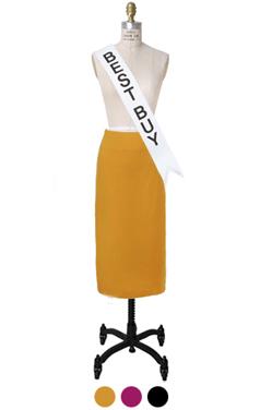essential H-line skirt