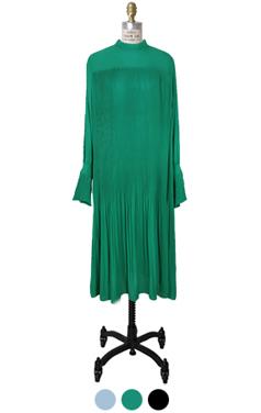 cuff-sleeve pleated dress