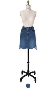 retro denim skirt